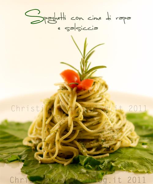 Spaghetti cime di rapa e salsiccia